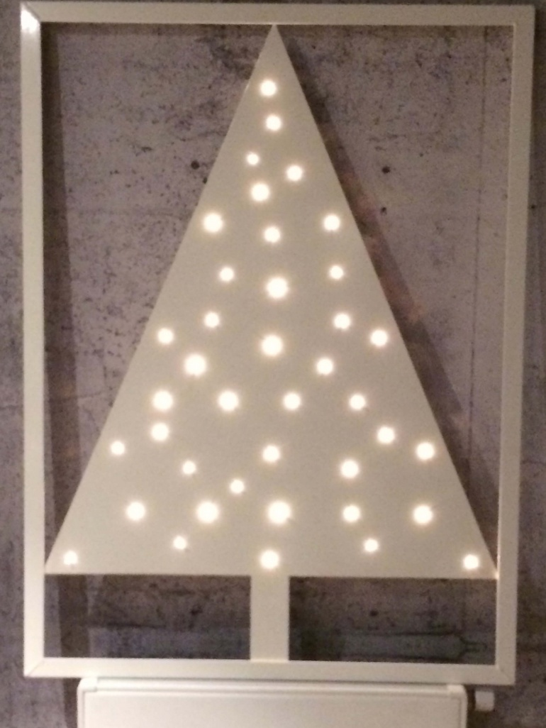 http://www.fe-plus.nl/images/portfolio/verlichting/verlichting-ingelijste_kerstboom_02.jpg